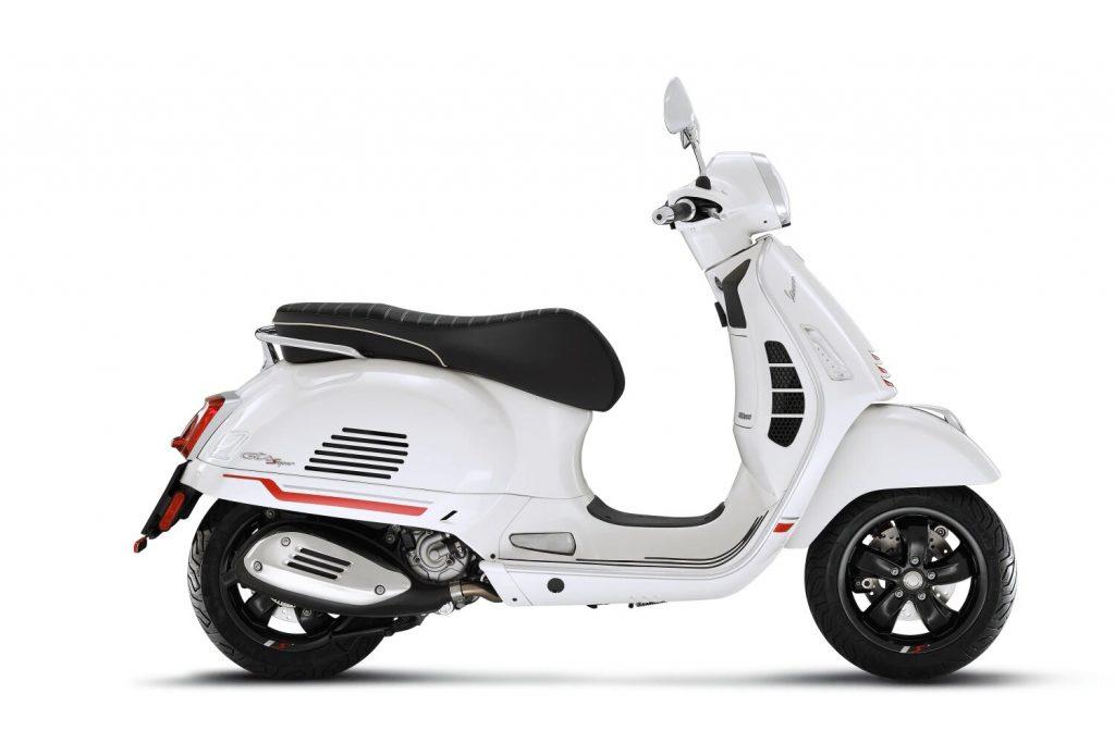 gts-supersport-300-bianco